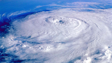 気象観測衛星NOAAによるアイリーンの画像