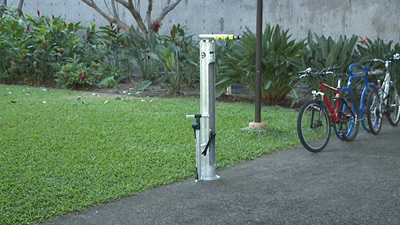 Bike repair station, (C) khon2