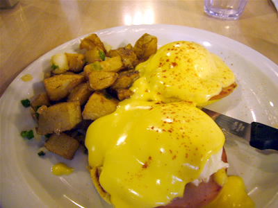 Eggs Benedict, Canadian Bacon & Turkey