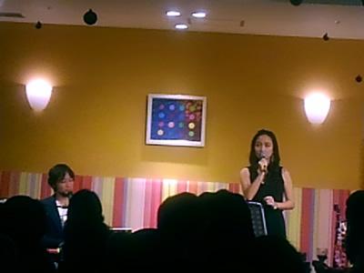 有里知花さんと永田ジョージさんのライブ