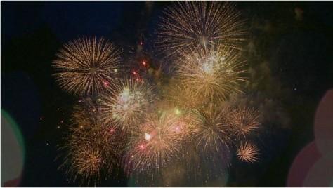年末の花火, (C) khon2